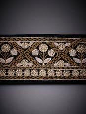 Black Baroque Embroidered Evening Clutch