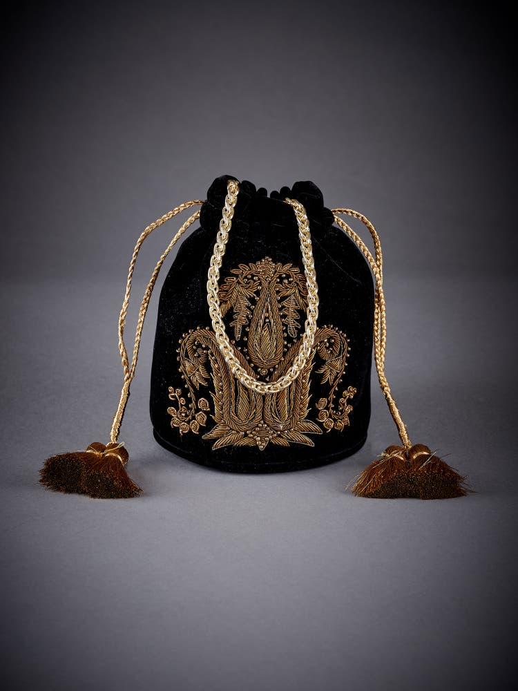 Black Embellished Velvet Potli