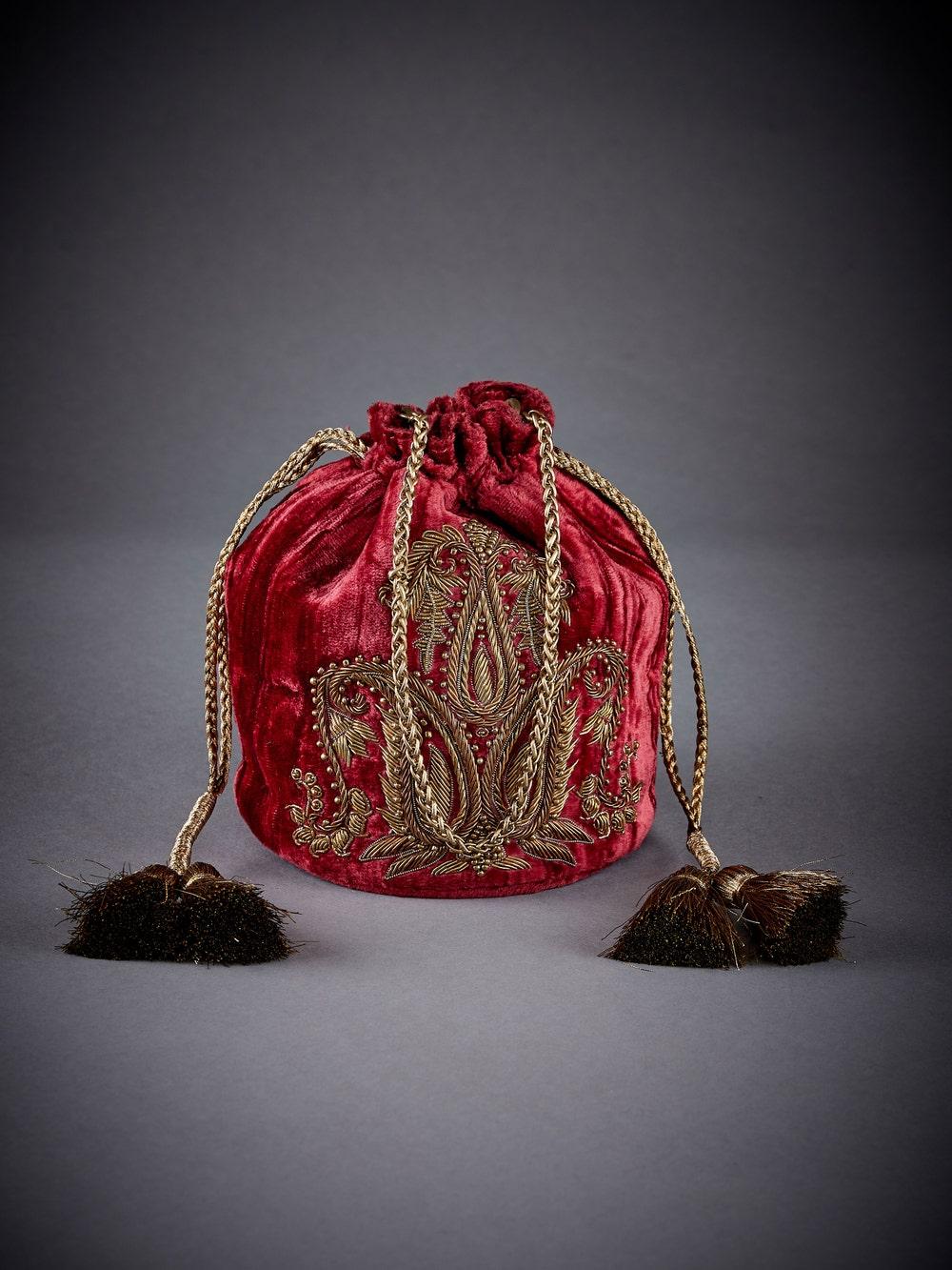 Burgandy Embellished Velvet Potli
